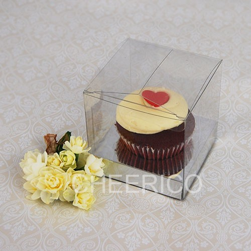 1 Cupcake Clear Cupcake Boxes with Silver insert($1.20pc x 25 units)