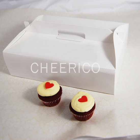 12 Cupcake Box w Handle($2.50/pc x 25 units)